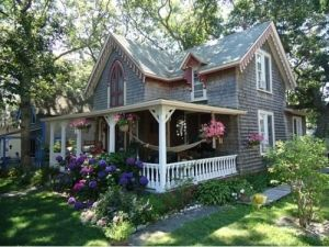 Victorian Farmhouse Porch Bebe Love This Beautiful Romantic Front