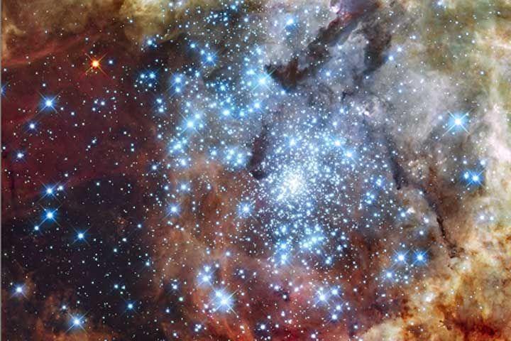 Resultado de imagen de Nebulosas cargadas  de Estrellas masivas