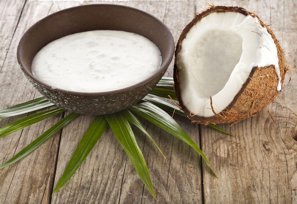 Il latte di cocco è un alimento nutriente e versatile, da ...