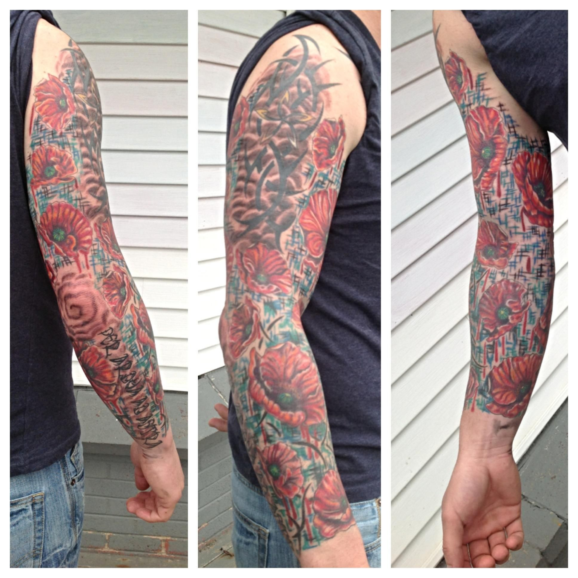 poppy sleeve with canadian military colours tattoo 39 s pinterest tattoo and tattoo colors. Black Bedroom Furniture Sets. Home Design Ideas
