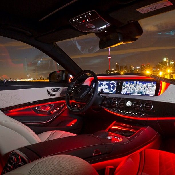 Ambience Provided By Beautiful Toronto And The All New Sclass