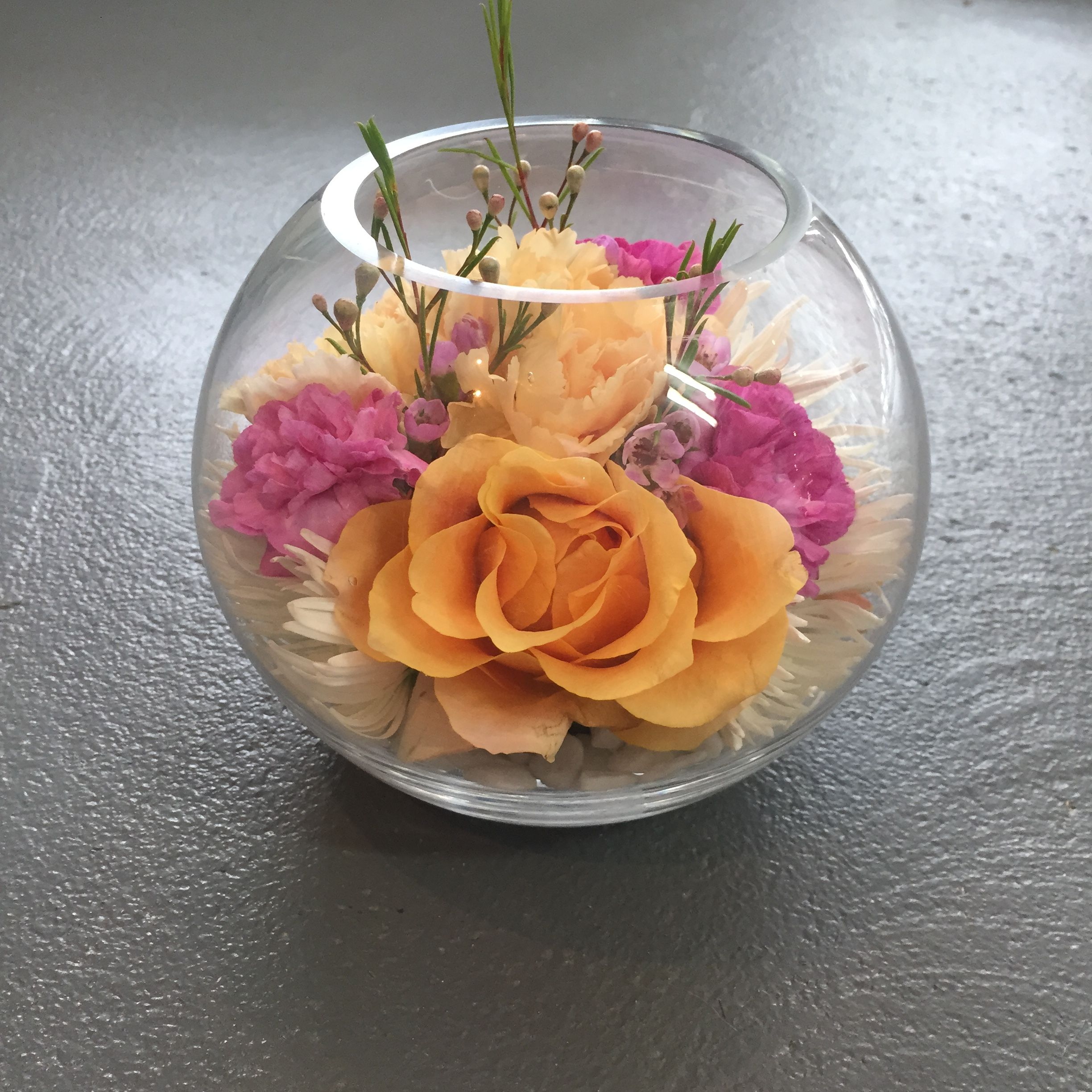 Fish bowl vase flower arrangement created by madison in bloom fish bowl vase flower arrangement created by madison in bloom floral design facebook reviewsmspy