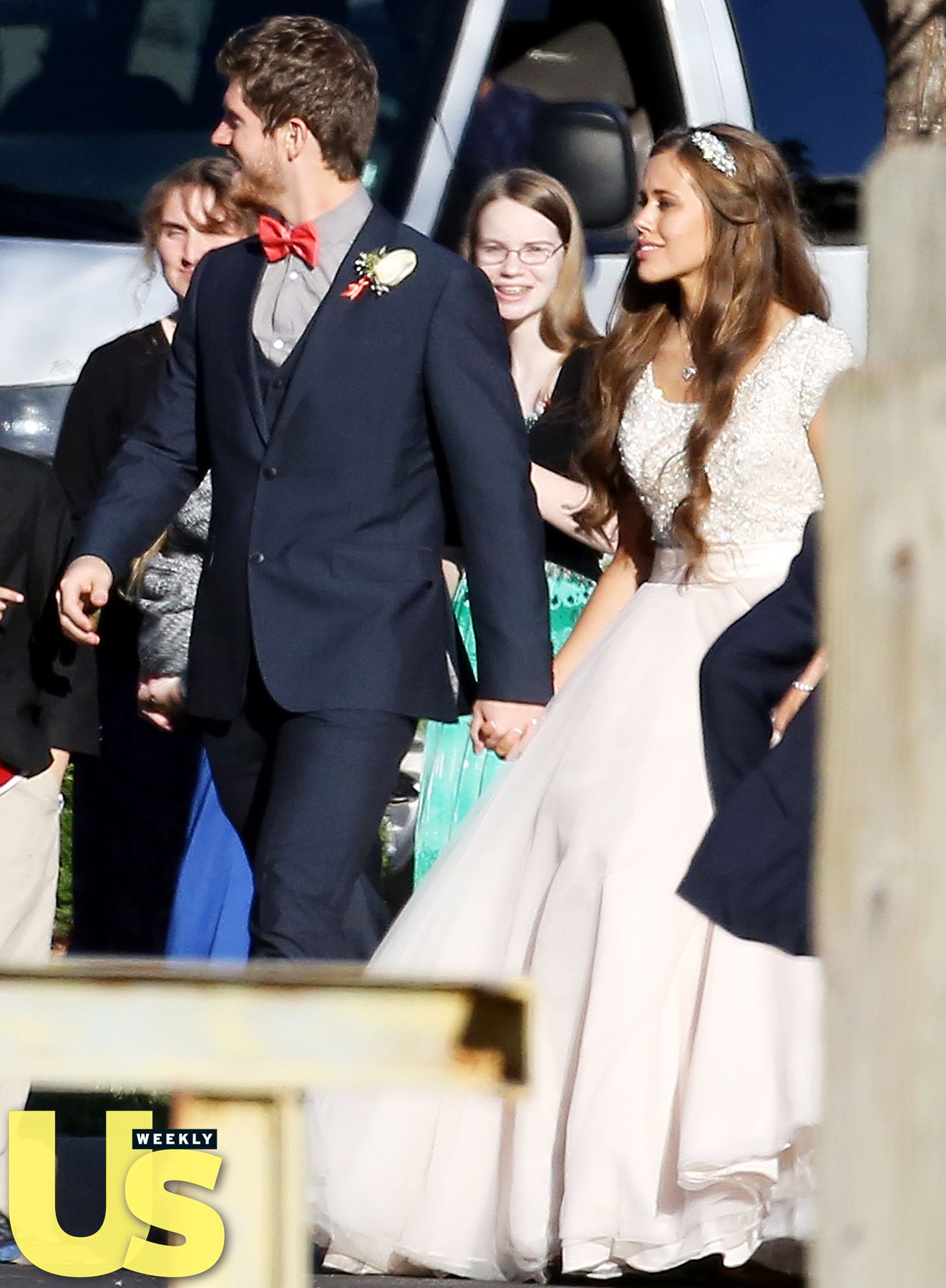 See jessa duggars wedding dress photos from nuptials with ben 19 kids and counting star jessa duggar married her love ben seewald on saturday nov 1 see her dress and all of us weeklys exclusive photos from the freerunsca Image collections