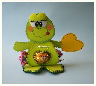 Desestresandome souvenirs animales en foamy for Manualidades souvenirs navidenos