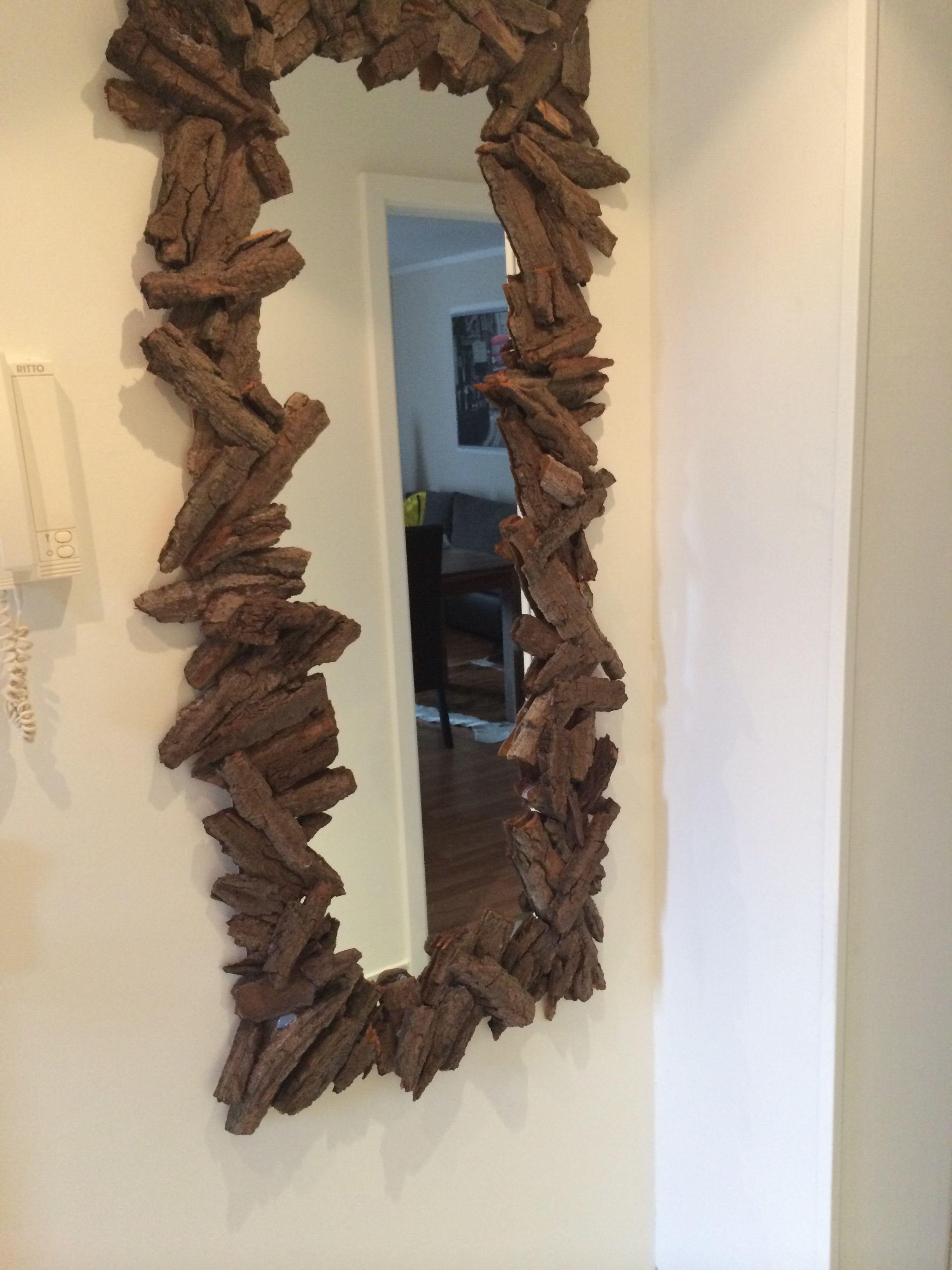 spiegel mit umrandung aus rinde 1 rinde sammeln und diese von der innenrinde l sen 2 mit. Black Bedroom Furniture Sets. Home Design Ideas