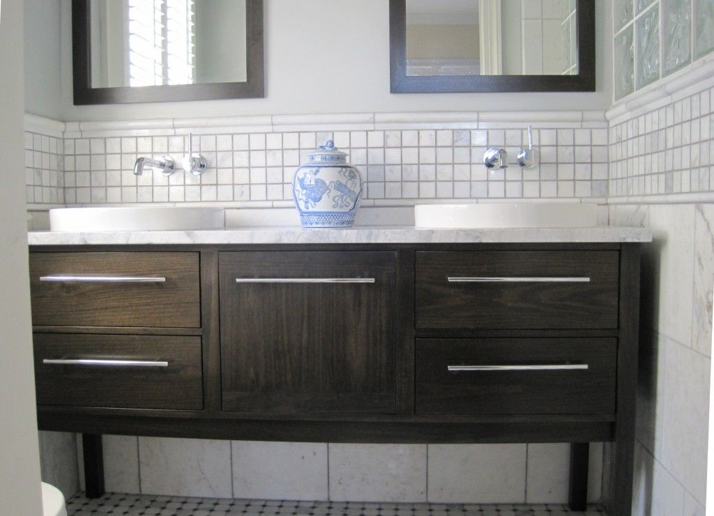 The Vanity I Want Is A Stand Alone Sink And It Will Fit In Between Two  Walls With About A Half Inch Gap On Either Side.