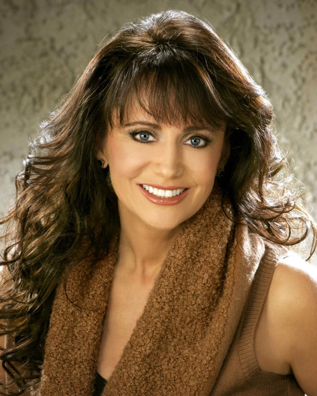 Louise Mandrell Puts In Her Hours Country Singers And Singers