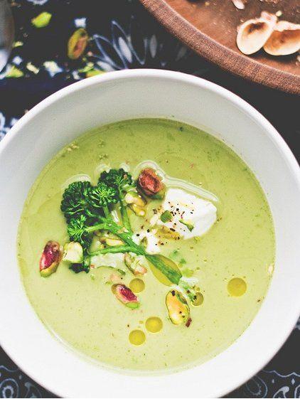 broccoli & pistacchio soup - six course dinner