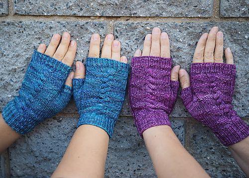 Daenerys mitts pattern by vln n sestry malabrigo arroyo for Thread pool design pattern