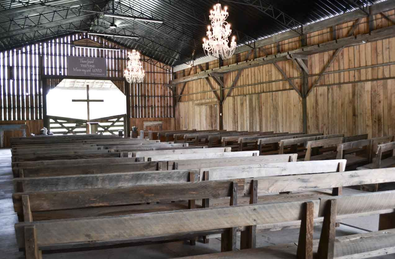 Wedding decor...Barn wedding and reception venue in ...