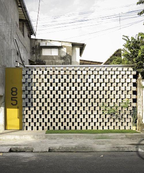 Pin By Fer Gonzalez Sandino On Garage Porch Veranda Architecture House Porch Veranda