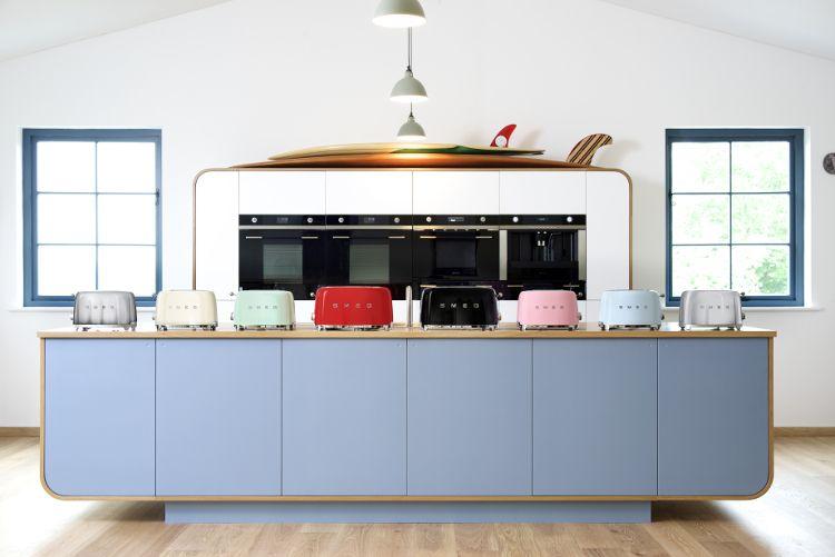 Best Sm*G Tsf02Ssuk 50 S Retro Style Toaster Kitchen Interior 400 x 300