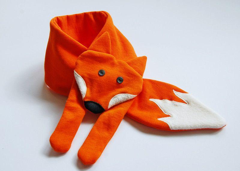 Schals - Fuchs Schal - ein Designerstück von kleiner-fennek bei DaWanda