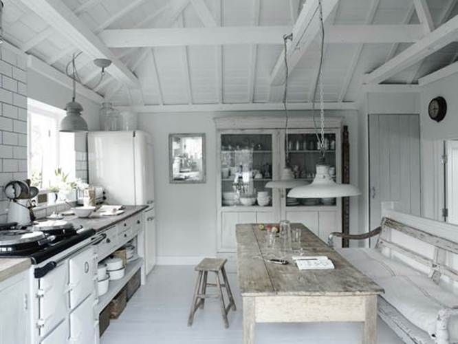 In LOVE with this kitchen! A-maz-ing !