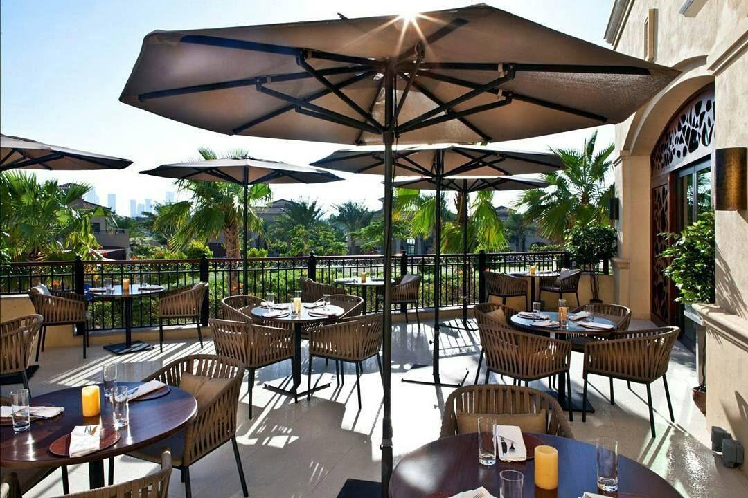 هل تريدون تذوق نكهات أخرى خلال مهرجان أبوظبي للمأكولات تذوقوا الطعم الحقيقي للكراميل بنكهات مختلفة في مطعم ولاونج كراميل ط Outdoor Decor Patio Umbrella Patio