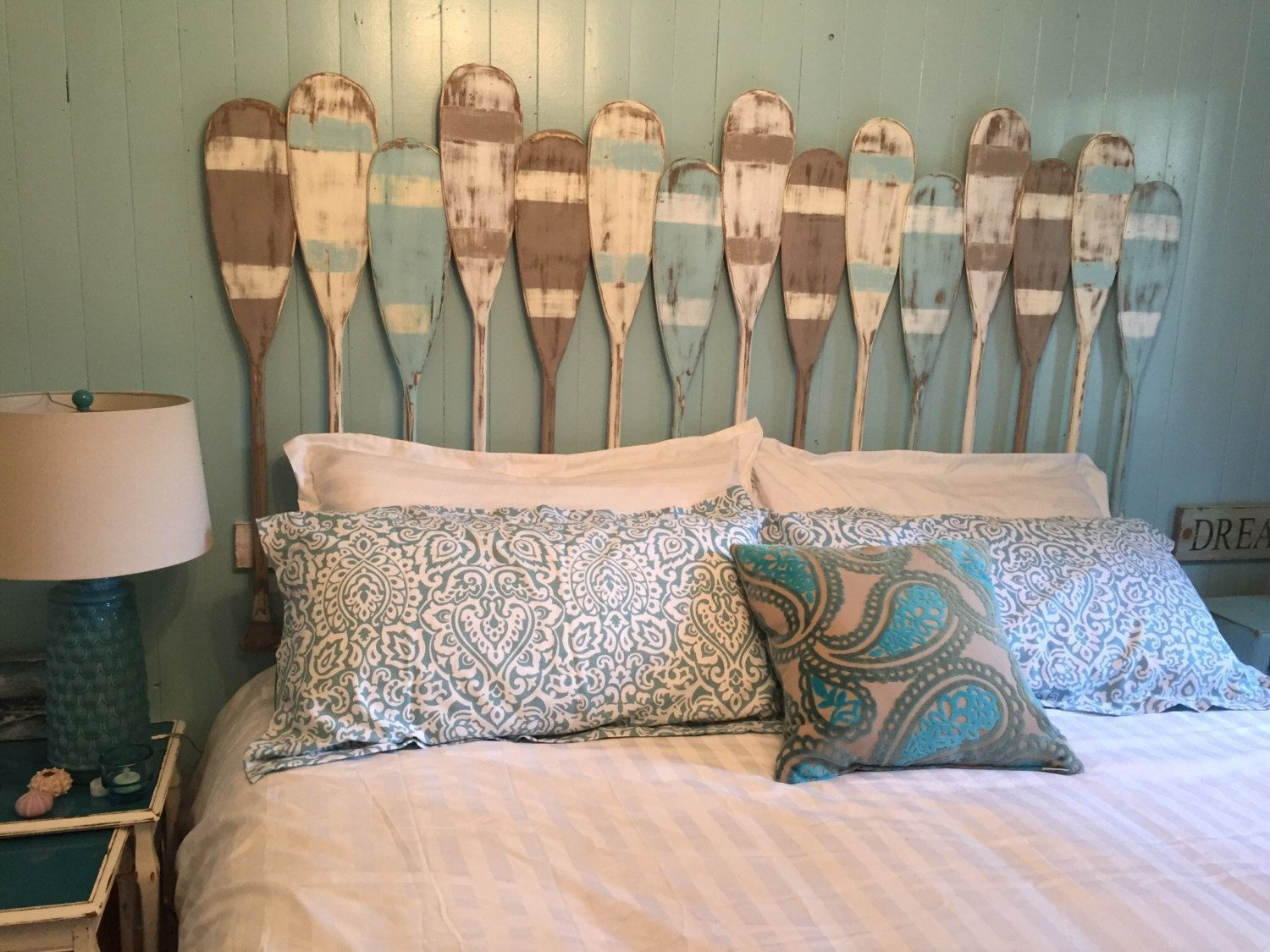 Painted Paddle Oar Headboard King Size Beach House Coastal Paddleboardpictures With Images Beach House Furniture Coastal Style Bedroom Beach House Interior