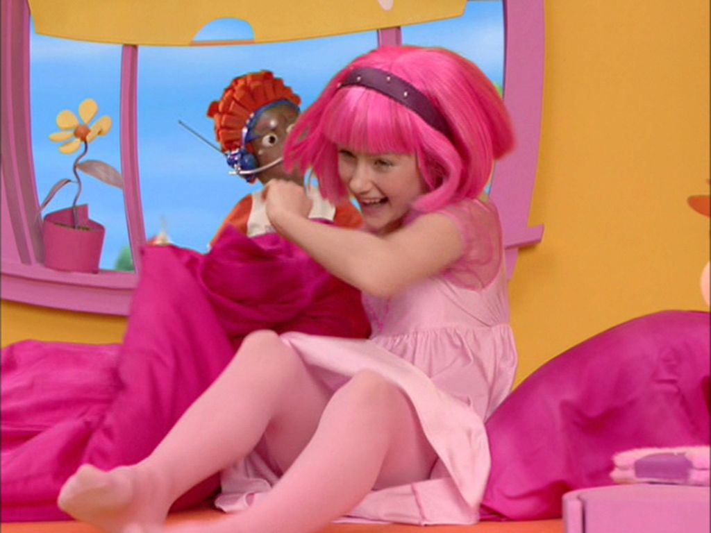 Lazy Town Stephanie Hot | LazyTown Biography | Brooke