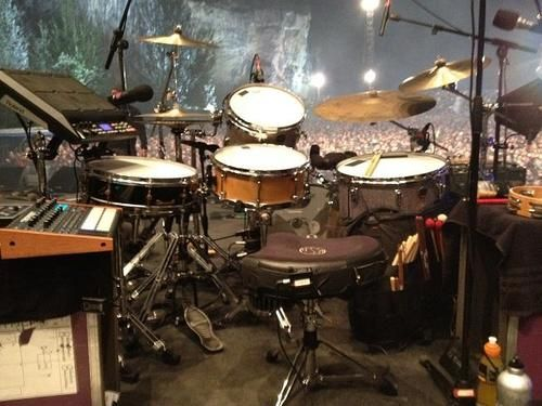 gretsch drums set up for radiohead 39 s phillip selway during their king of limbs tour pinner. Black Bedroom Furniture Sets. Home Design Ideas