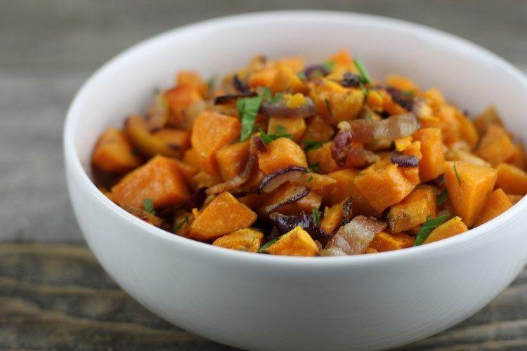 Maple bacon sweet potatoes | Gluten-free, Grain-free, Paleo | http://www.simplynourishedrecipes.com/maple-bacon-roasted-sweet-potatoes/
