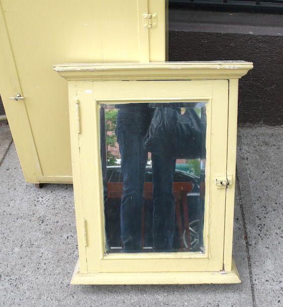 Retro Medicine Cabinet Diy Network Google Search Diy Cabinets Antique Medicine Cabinet Vintage Medicine Cabinets