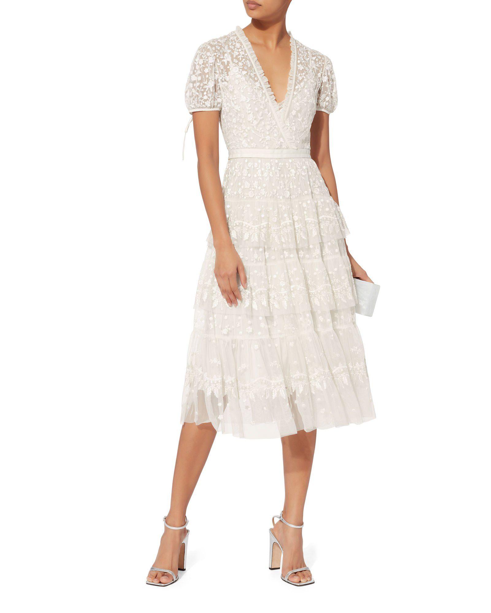 Layered Lace Midi Dress In 2020 Dresses Lace Midi Dress Off White Dresses [ 2000 x 1601 Pixel ]
