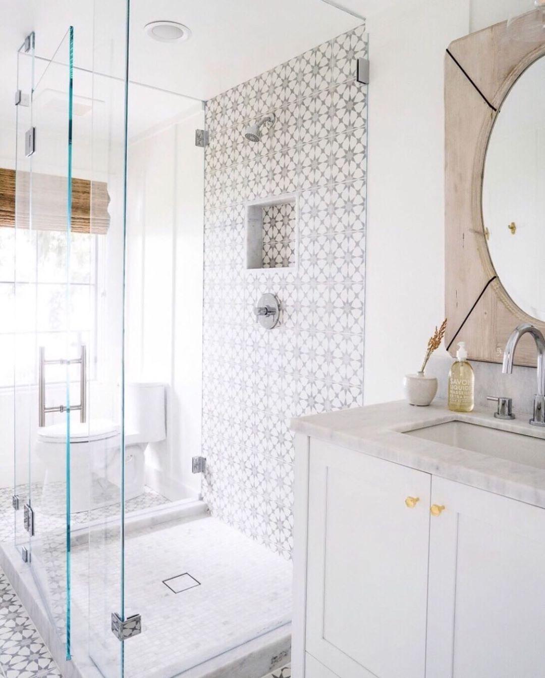 11 Pretty Bathroom Design Ideas For Home Pretty Bathrooms Bathroom Design Design