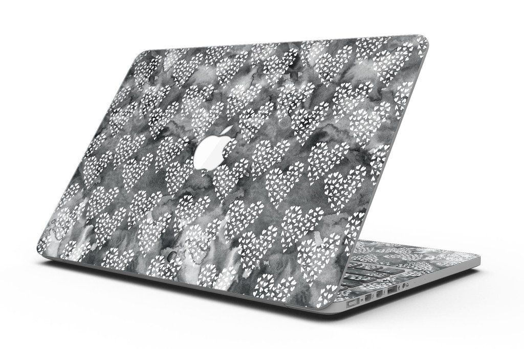 Add style to your MacBook Pro with Retina Display without the bulk. With Design Skinz, you can change the look of your favorite device in seconds,literally. Ma