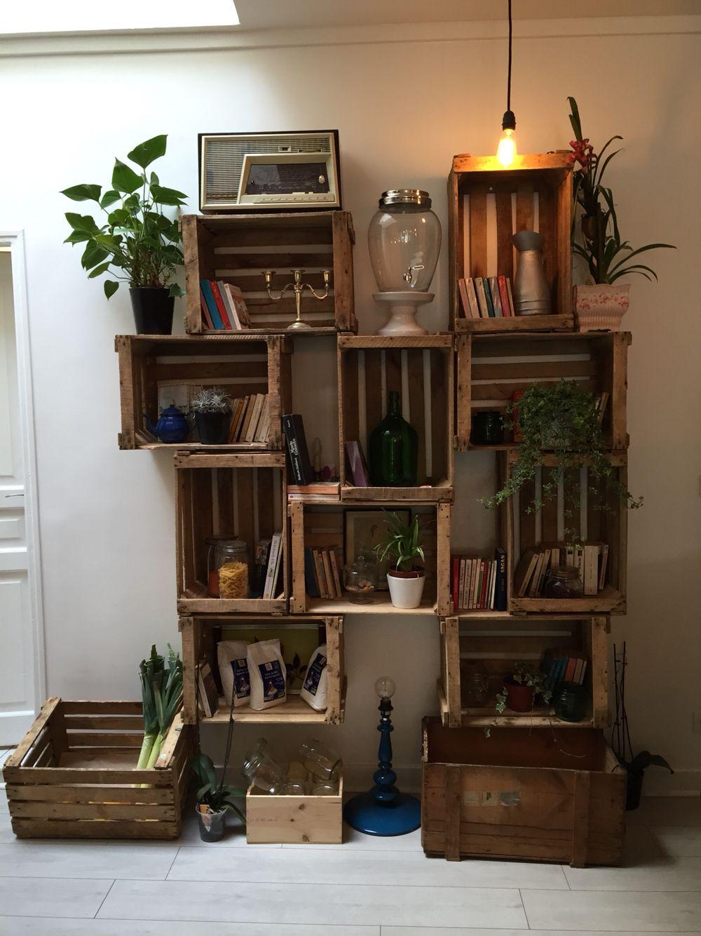 weinkisten als regal gesehen in paris do it your self pinterest organizing and interiors. Black Bedroom Furniture Sets. Home Design Ideas