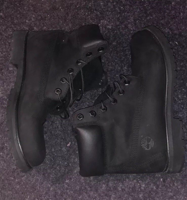 Mens Black Timberland boots size 9