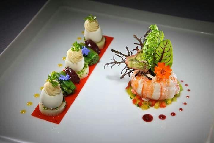 Haute gastronomy by Star Chef Michelin Jerome Mamet, Lyon #taste #plating #chef https://m.facebook.com/cheffrancisco.net/