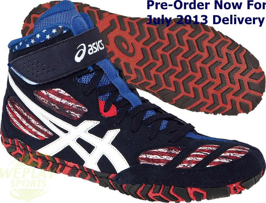 One of the most popular shoes in the ASICS® wrestling family, the newest update doesn't disappoint. A traditional upper design is highlighted by an ankle strap closure, replacing the customary lace garage system and providing a secure fit around the ankle. The aggressive Duosole outsole has also been updated, providing unmatched traction whatever the position.   http://www.weplaysports.com/Asics/aggressor_le_stars_stripes_wrestling_shoes.html