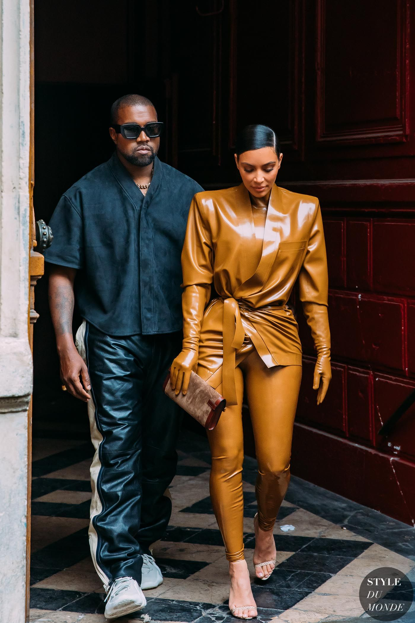 Paris Fw 2020 Street Style Kanye West And Kim Kardashian Style Du Monde Street Style St In 2020 Kanye West And Kim Kim Kardashian Kanye West Street Fashion Photos