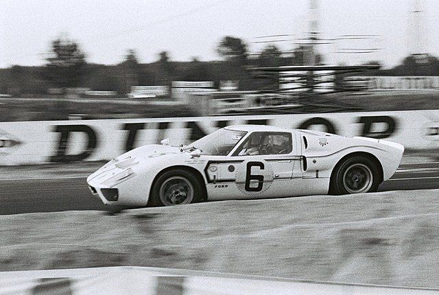 At Le Mans In 1967 The 6 Holman Moody Ford France Ford Gt Mk Ii B Jo Schlesser Guy Ligier Dnf Ford Racing Ford Gt Ford Gt40
