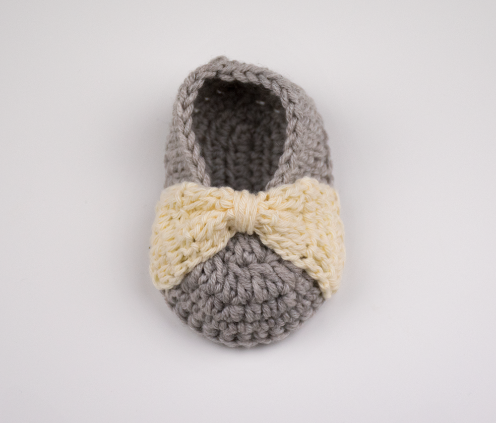 Bow Baby Booties And Free Pattern – Croby Patterns | Crochet ...