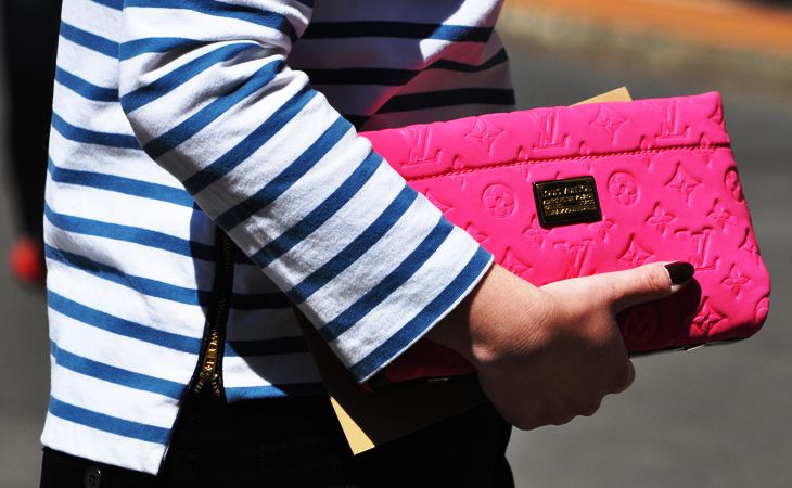 stripes and bright LV clutch