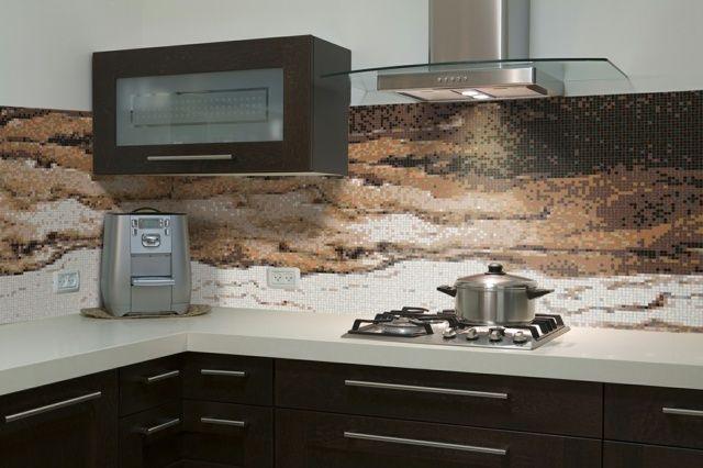 küchen rückwand fliesenspiegel mosaik braun weiß modern