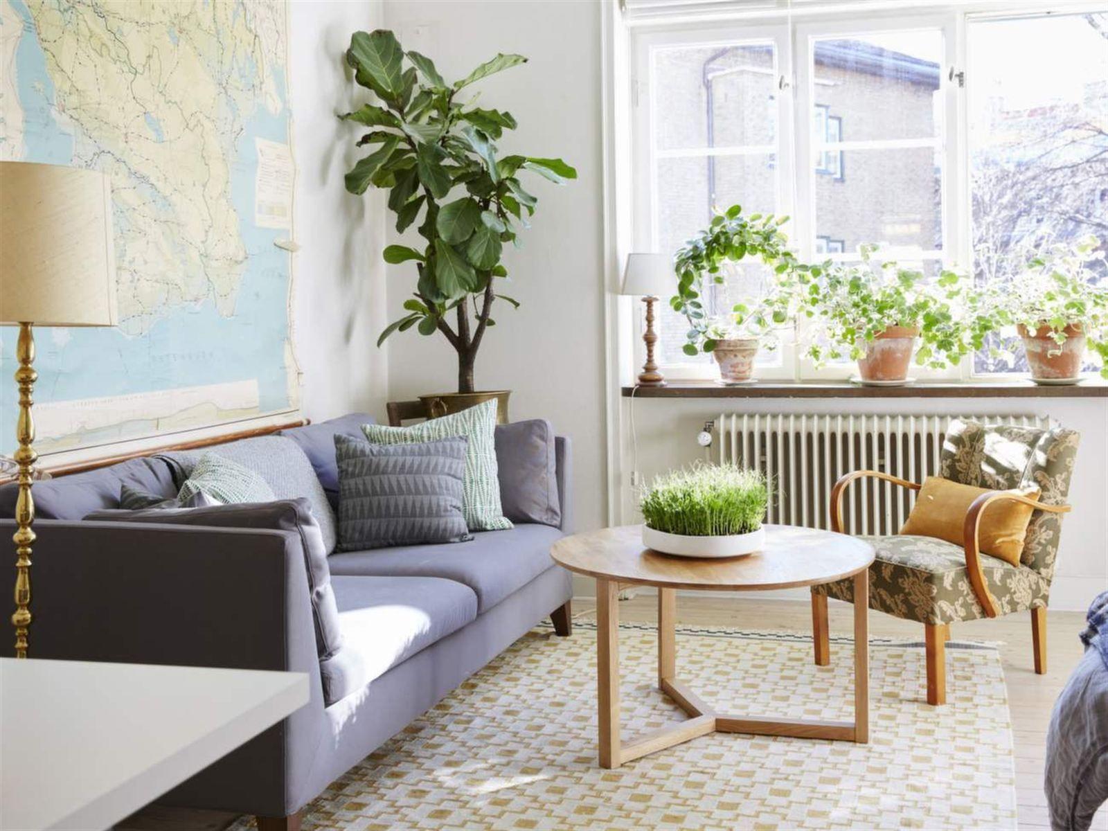 Soffa Och Matta Från Ikea Grönmönstrade Kuddar Från Afroart Grå Kudde Från Lagerh