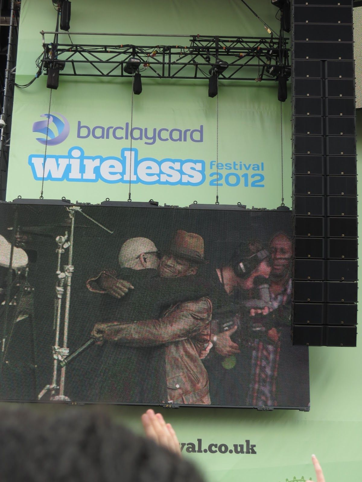 Pitbull and Neyo at Wireless Festival :D