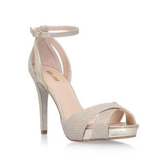 Bride S Shoes Bridal Wedding