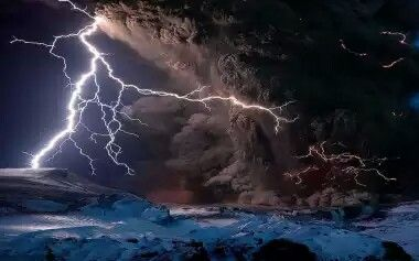 Volcanic lightning, Iceland