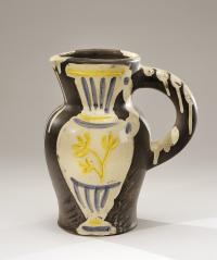 """Pablo PICASSO (1880-1973) - Pichet au vase..., mis en vente lors de la vente """"Regard sur le XXème siècle #4 - Art Contemporain et Design """" à De Baecque & Associés   De Baecque & Associés"""