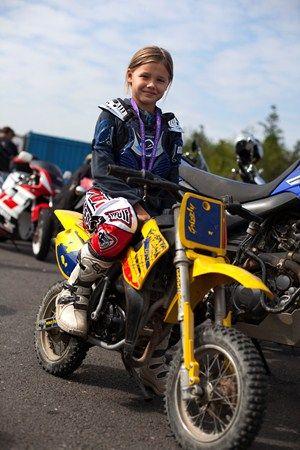 618 Women Set New Bike Meet Record Kids Motorcycle Bike Women Set