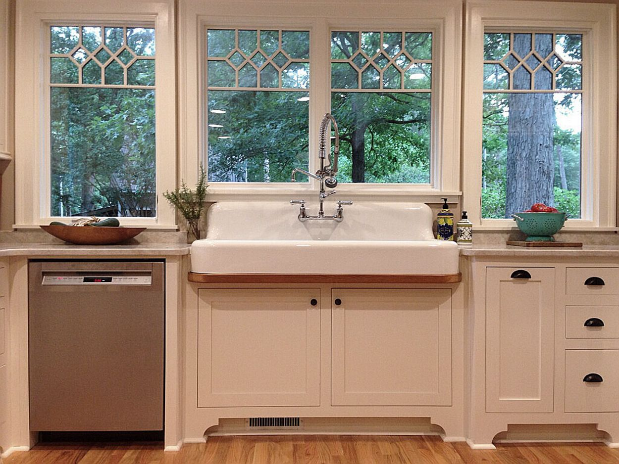 Reproductions Of Old Cast Iron Sinks With Drainboards