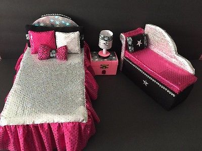 Monster High Furniture Bedroom Set:Catty Noir.Bed,sofa,lamp,wood