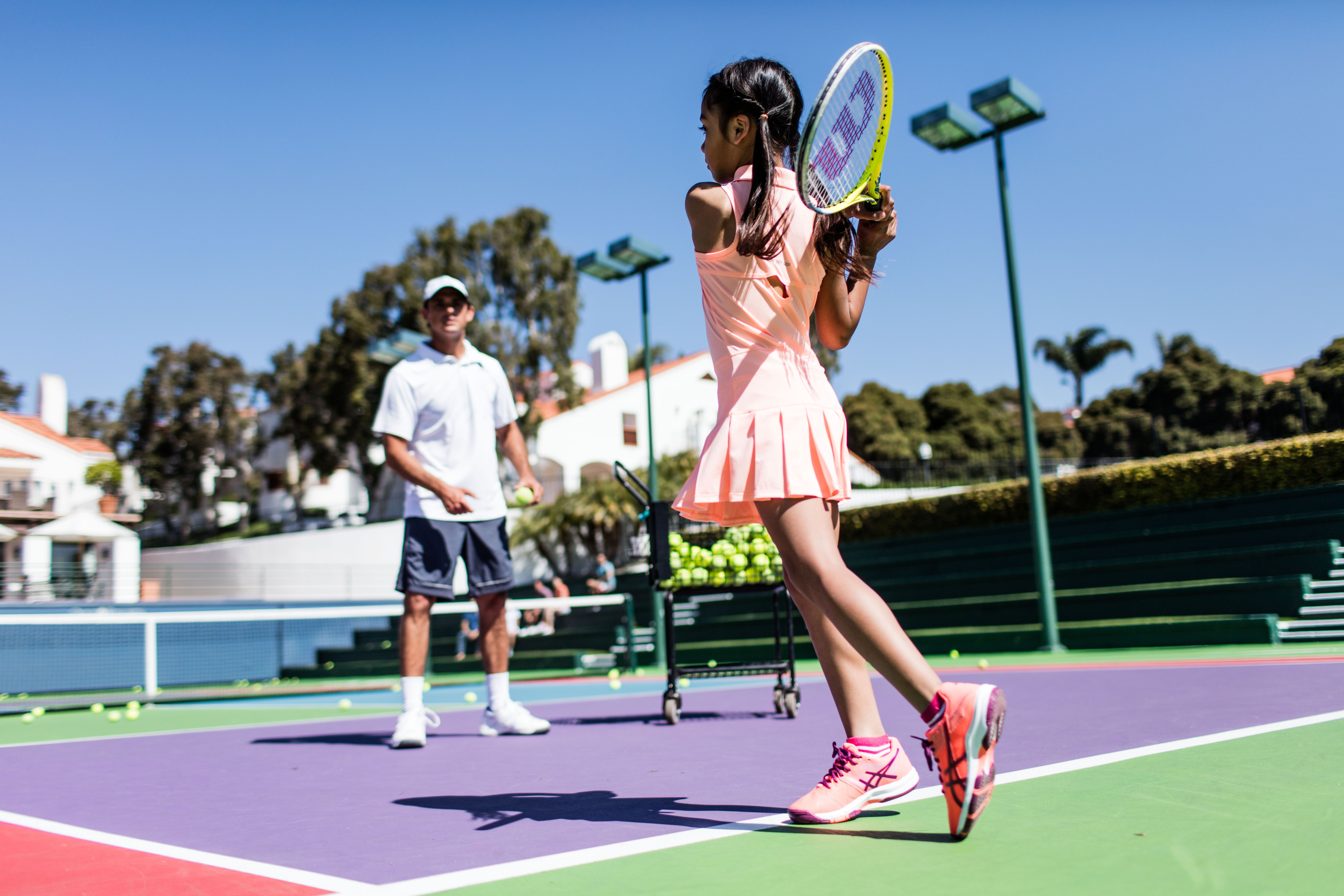 Come enjoy tennis junior camps at Omni La Costa. The
