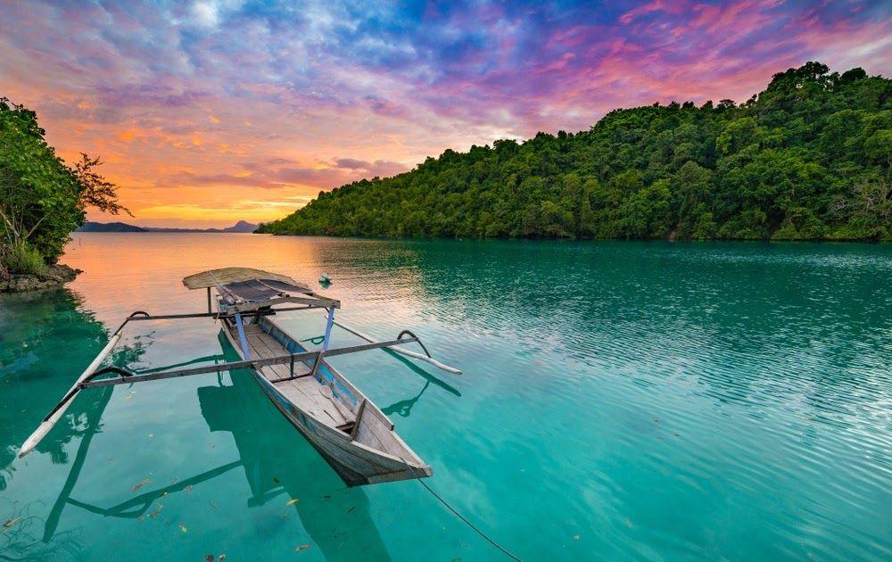 11 Pemandangan Alam Indonesia Ukuran Besar 61 Tempat Wisata Di Indonesia Pancaran Keindahan Nusantara Download Pemandangan A Di 2020 Pemandangan Bepergian Pantai