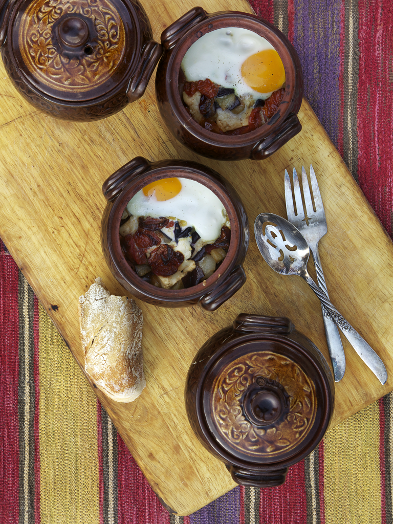 Guveche – Baked Eggs with Feta Cheese and Oven-roasted Cherry Tomatoes
