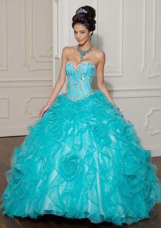 image de robe de mariage de princesse bleu. Black Bedroom Furniture Sets. Home Design Ideas