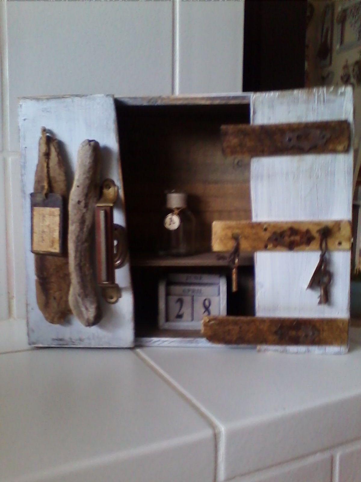 porta chiavi da riciclo legno