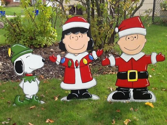 Hand Painted Charlie Brown Snoopy And Lucy Christmas Yard